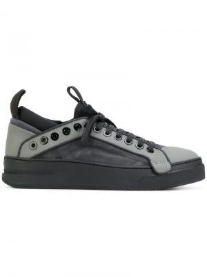 Кроссовки на шнуровке Bruno Bordese. Цвет: серый