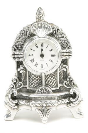 Часы маленькие Stilars. Цвет: серебряный
