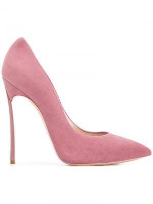 Туфли-лодочки с заостренным носком на шпильке Casadei. Цвет: розовый и фиолетовый
