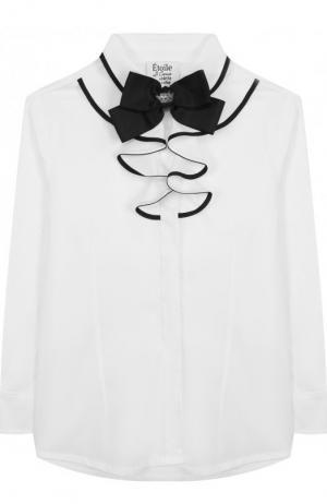 Хлопковая блуза с оборками и декоративным галстуком-бабочкой Aletta. Цвет: белый