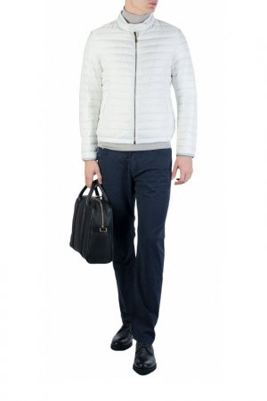 Куртка Mabrun. Цвет: белый
