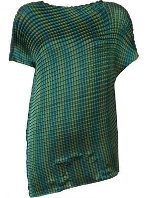 Плиссированная футболка Issey Miyake. Цвет: зелёный