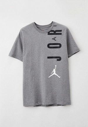 Футболка Jordan. Цвет: серый