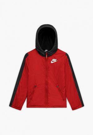 Куртка Nike. Цвет: красный