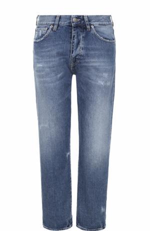 Укороченные джинсы прямого кроя с потертостями Two Women In The World. Цвет: голубой