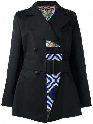 Пальто с геометрическим рисунком Issey Miyake. Цвет: чёрный