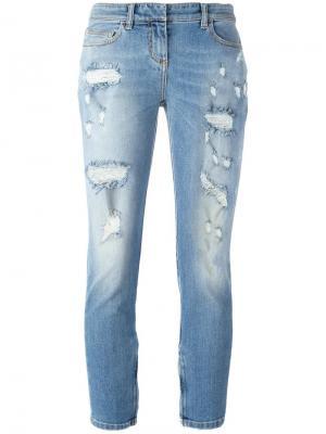 Укороченные джинсы с рваными деталями Faith Connexion. Цвет: синий