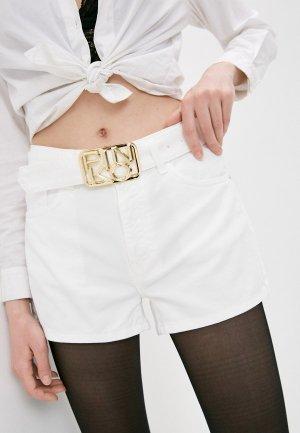 Шорты джинсовые Pinko. Цвет: белый