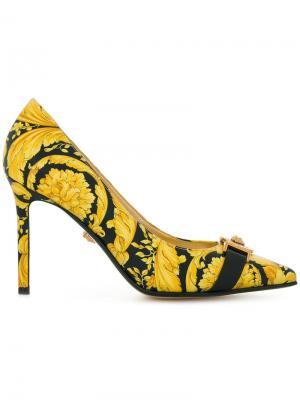 Туфли-лодочки Baroccoflage с заостренным носком Versace. Цвет: жёлтый и оранжевый